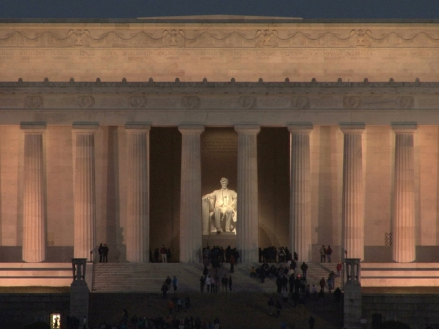 Vandals deface Lincoln Memorial with expletive - here's what they wrote