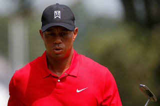 Woods goes bogey-free in second round back