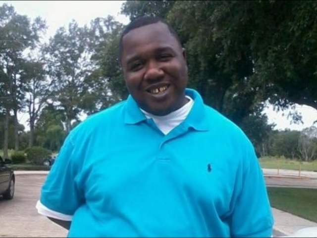 Justice Department will not prosecute officers in Alton Sterling shooting