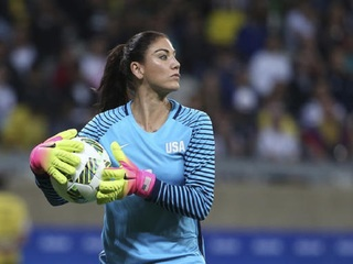 Hope Solo suspended from national team