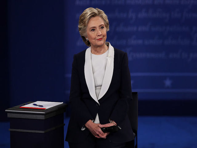Fact checking hillary clinton in the second debate kgun9 com