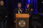 Randy Travis' performs heartfelt 'Amazing Grace'