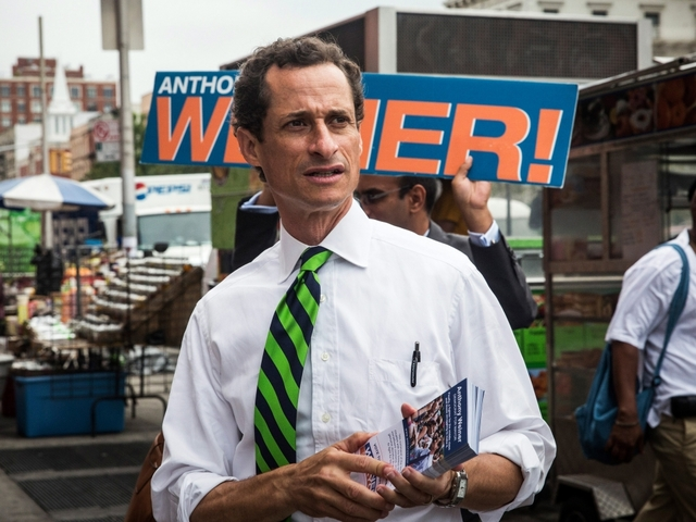 Anthony weiner s latest sexting scandal could land him in prison