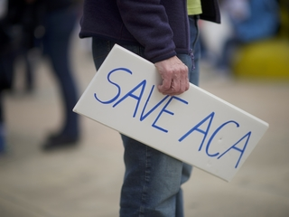 Local organizations rally support for Obamacare
