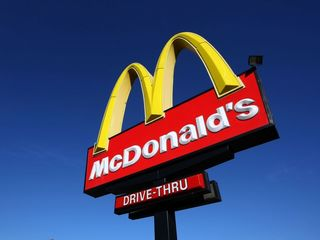 Man tried to rob McDonald's with comb