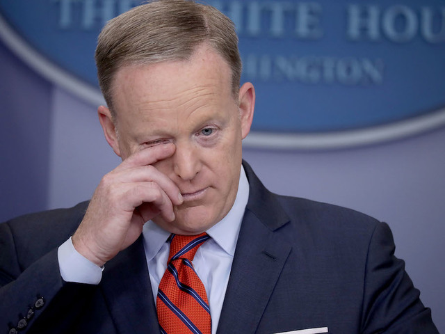 Spicer Apologizes for Hitler Comments: 'I Screwed Up'
