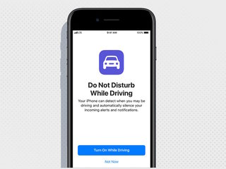 Soon, iPhones will block texts while driving