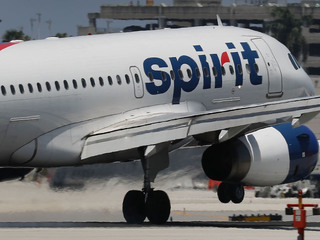 Flight diverted after woman gives birth midair