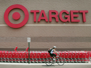 Target boosts minimum wage to $11 an hour