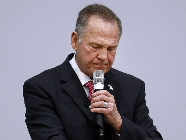 Roy Moore's communication director resigns