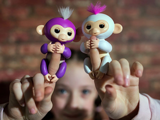 Fake Fingerlings sold through Walmart