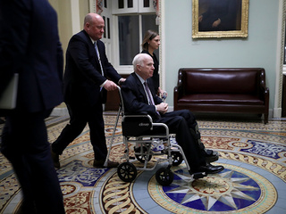 McCain 'increasingly frail,' sources say