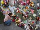 Las Vegas family makes crosses for Parkland