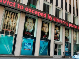 Fox News analyst skewers network, resigns
