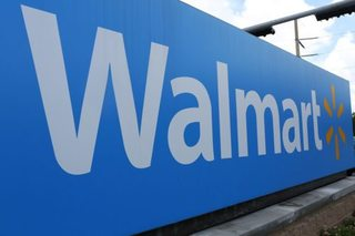 Walmart workers can earn degrees for $1 a day